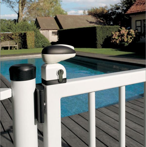Serrures piscine serrure de s curit piscine for Securite piscine