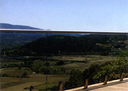 Garde-corps de terrasse avec pinces verticales